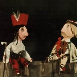 11-woodcutter-puppet