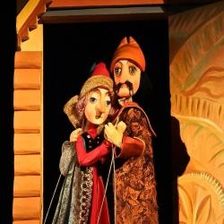 13-man-woman-puppet