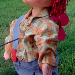carlson-puppet